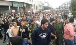 أهالي الضحايا يتظاهرون منددين بما اعتبروه تقصيراً من طرف النظام بحماية أطفالهم