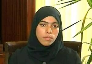 في 4/10/2011 عرض التلفزيون السوري زينب الحصني التي أشاع بأنه قتلها، ليقول بأن المرأة التي وجدت جثتها مقطعة هي امرأة أخرى غير الحصني!