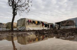 تُعدّ أوضاع اللاجئين في لبنان هي الأسوأ، بعد رفض السلطات اللبنانية إقامة مخيمات رسمية للاجئين السوريين