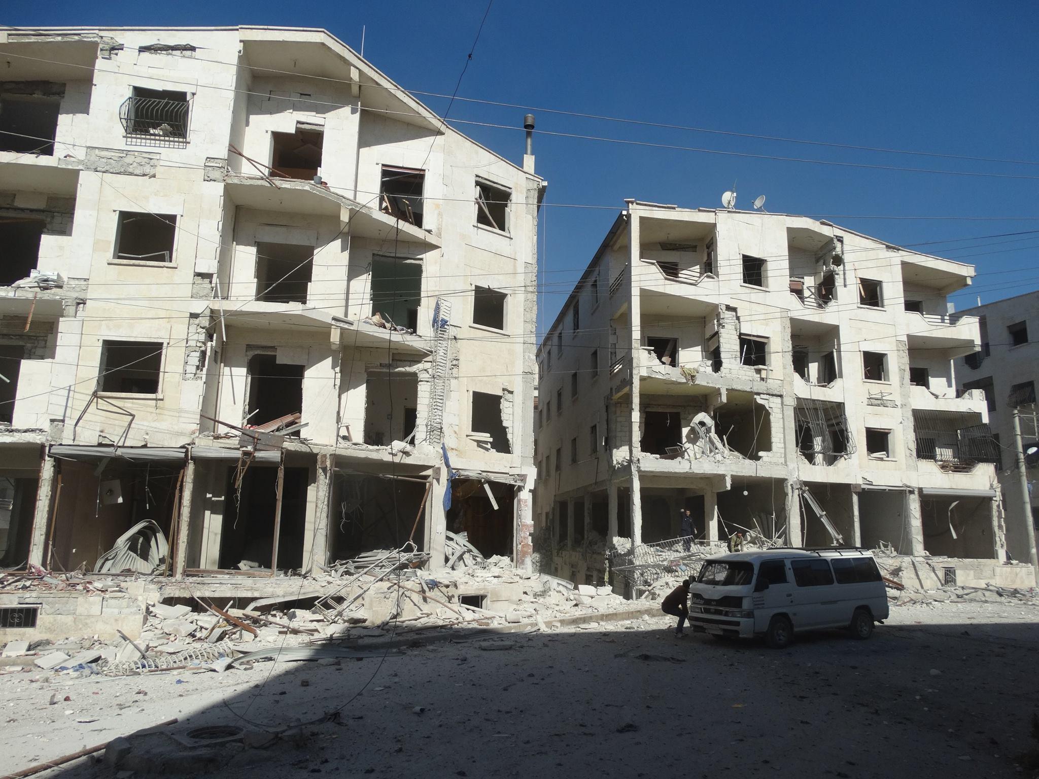 آثار القصف على بلدة كفر حمرة