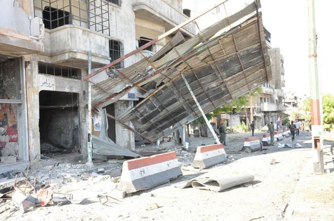 استهدفت التفجيرات حواجز أمنية لقوات النظام-الصورة من حي باب تدمر في حمص