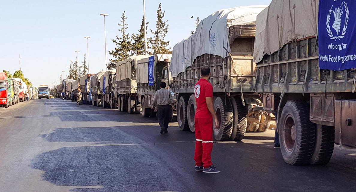 نشر الهلال الأحمر خبراً مع صور للقافلة قبل انطلاقها