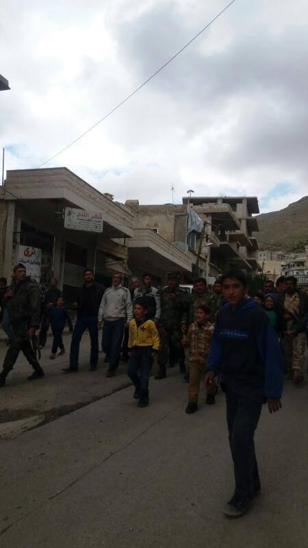 دخلت قوات النظام إلى مضايا، بعد خروج المقاتلين من البلدة صباح اليوم