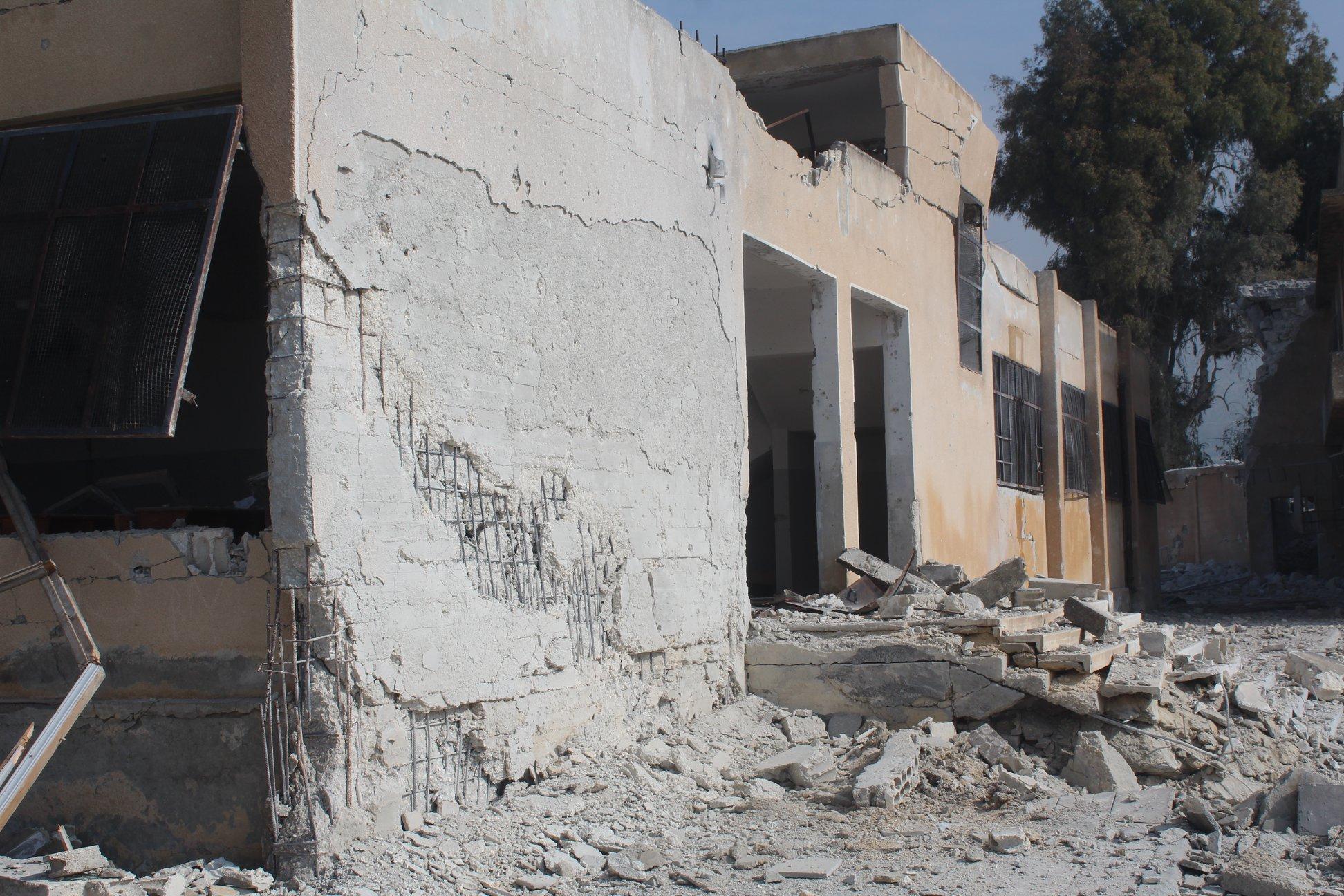 استهداف القصف مركزاً صحياً، ومدرستين مجاورتين له