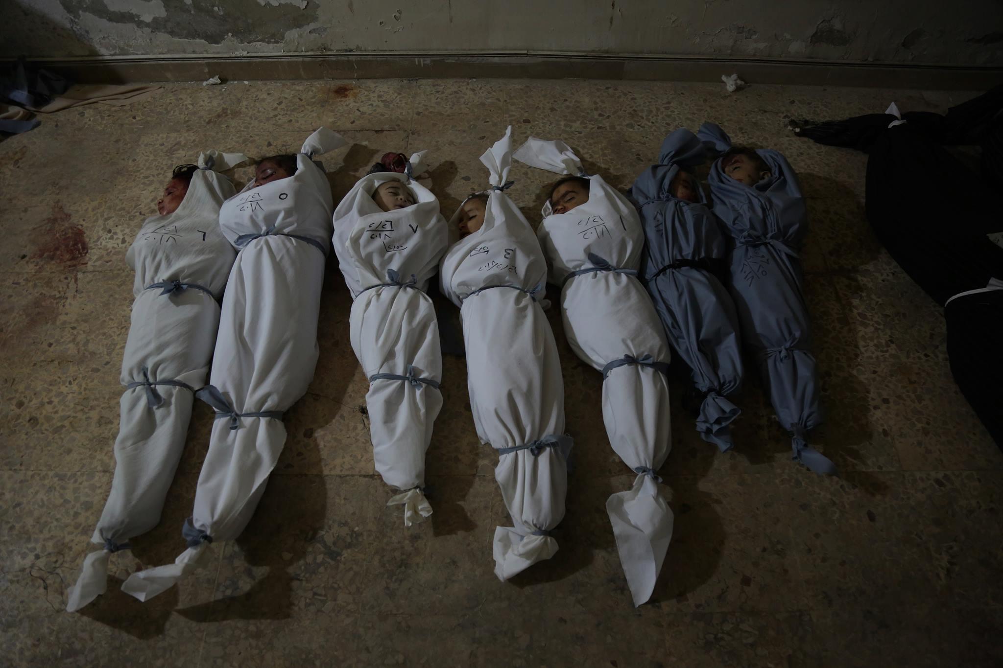 جثامين الأطفال من ضحايا المجزرة