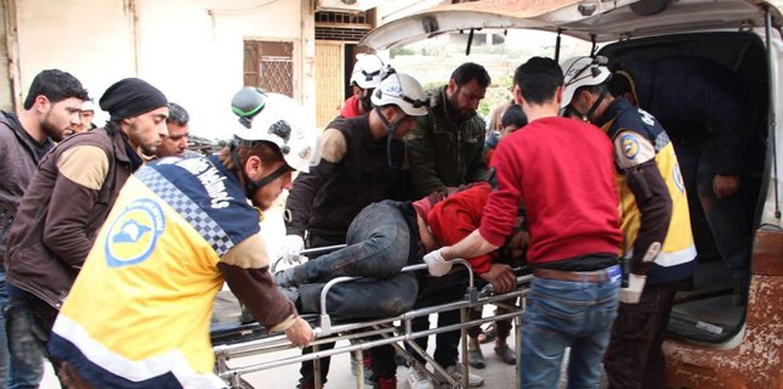 أدّى القصف بالغازات على مدينة سراقب في 4/2/2018 إلى إصابة نحو عشرة أشخاص بحالات اختناق