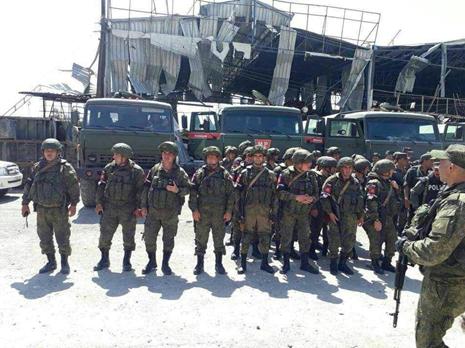 انتشار القوات الروسية داخل مدينة دوما بعد تهجير جزء من سكانها 15/4/2018